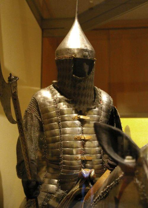 Кольчато-пластинчатый доспех можно назвать настоящей революцией в развитии легкого обмундирования. /Фото: swordmaster.org