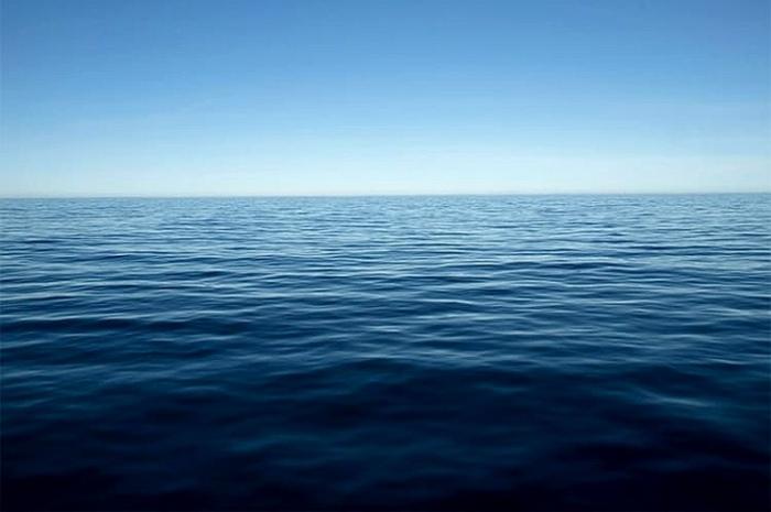 По виду самое удаленное место на планете ничем не отличается от других океанических пейзажей. /Фото: mazurtravel.com