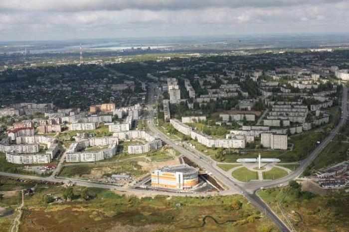 Еще один бывший промышленный город, который пустеет. /Фото: newsko.ru