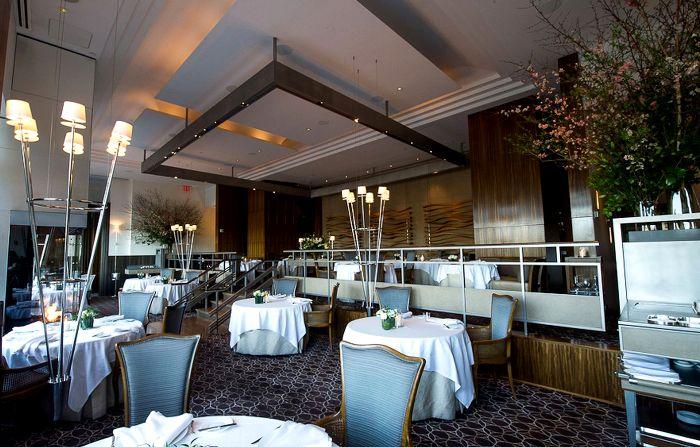 Не всегда в самых дорогих ресторанах колонны, золото и трюфеля в каждом блюде.