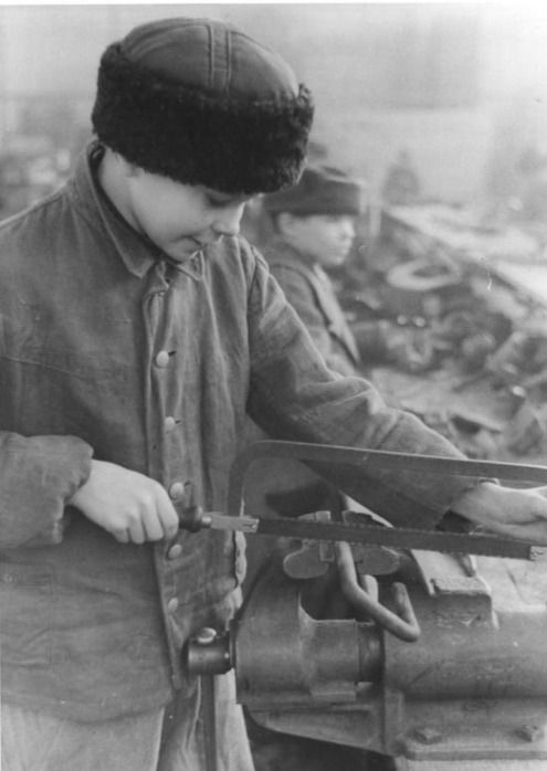 Мальчик-остарбайтер, 14 лет. /Фото:  wikipedia.org