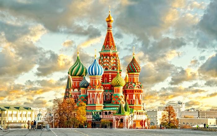 Самый живописный российский храм - один из первых, где появились луковицы. /Фото: orpheogroup.com