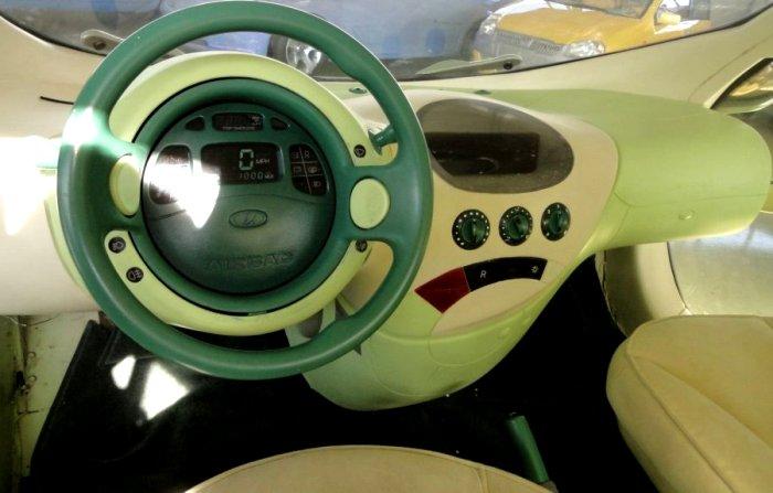Салон автомобиля разработан под стать кузову. /Фото: 5koleso.ru