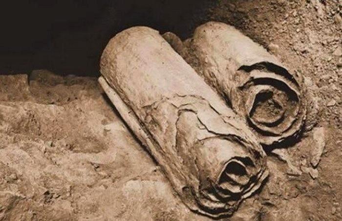 Оказывается, не все рукописи действительно такие древние и подлинные. /Фото: ru-an.info