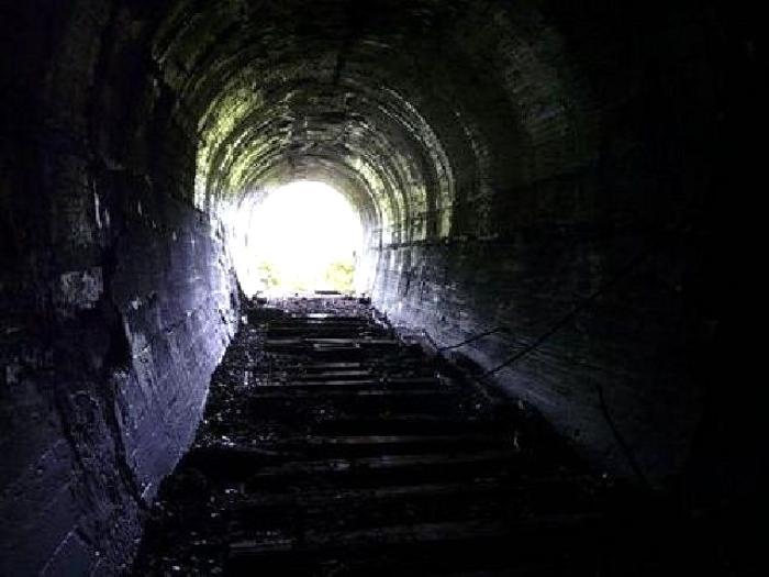 Огромный тоннель уже начали строить. /Фото: vladnews.ru