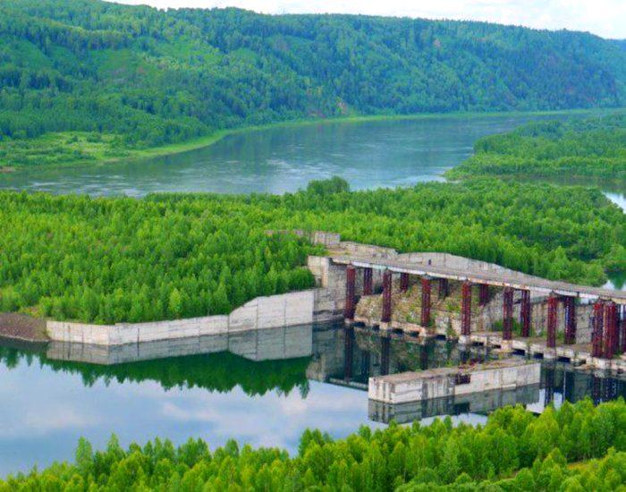 В живописной местности должно было вырасти чудо инженерной мысли. /Фото: siberia.sibnovosti.ru