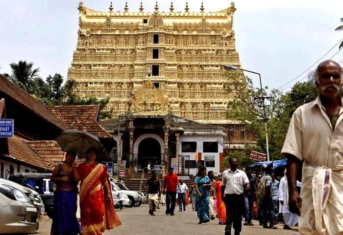 Храм Падманамбхасвами - место, где был найден самый большой клад в истории человечества. /Фото: dekatop.com