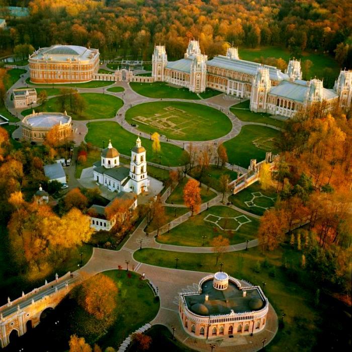 Вид на Царицынский комплекс сверху. /Фото: tsaritsyno-museum.ru