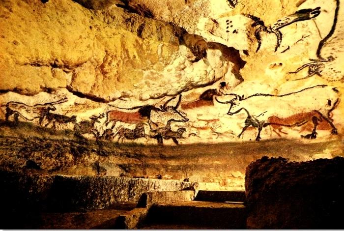 Люди сами себе отрезали путь в легендарную пещеру. /Фото: espanarusa.com