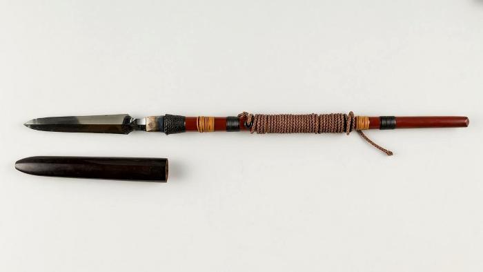 Современная реплика яри с укрепленным веревкой древком. /Фото: bsmith.ru