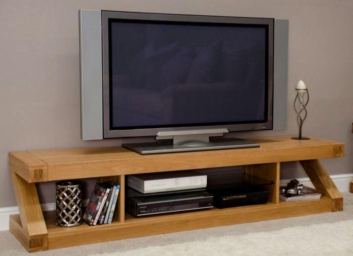 У многих сегодня телевизор просто занимает место. /Фото: designer.furniture