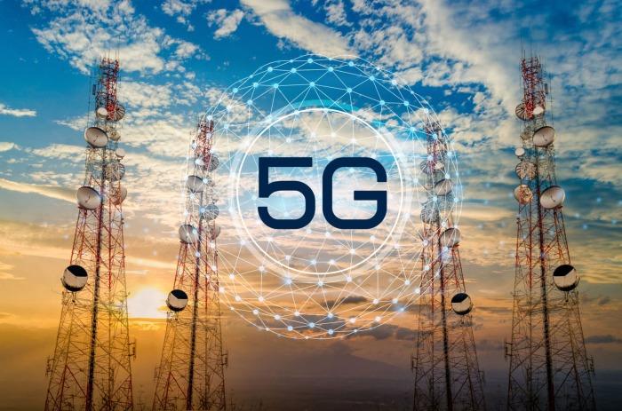 Пользоваться повсеместно 4G и 5G интернетом для многих россиян норма, американцы так не делают из-за высокой стоимости услуги / Фото: athreon.com