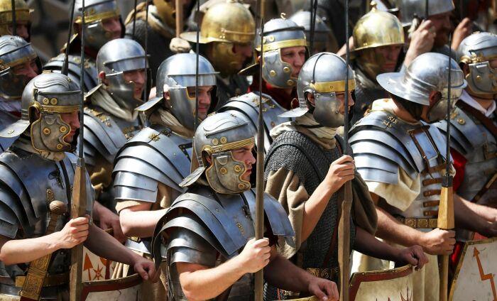 Не имея определенных условий, копирование римского легиона слишком дорогое и неэффективное занятие / Фото: pinterest.ru