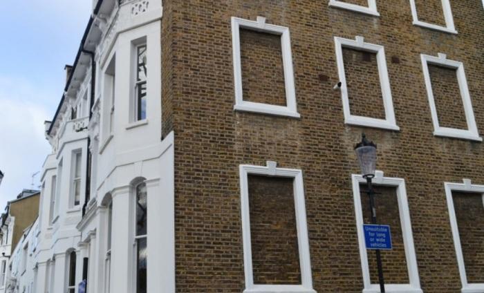Зачем в некоторых европейских странах во многих домах замуровывали окна