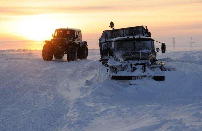Многие водители стараются дотащить грузовик до пикета / Фото: twitter.com