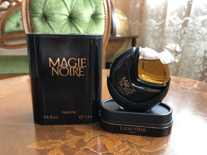 Magie Noire Lancome / Фото: izi.ua