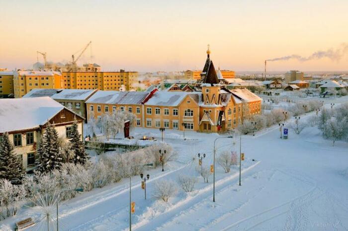 Красный город одинаково красив и зимой, и летом / Фото: virus-infekciya.ru