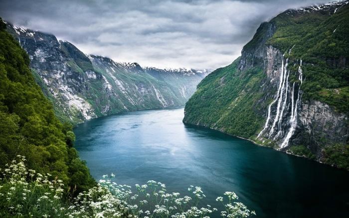 Нетронутая природа Норвегии / Фото: nastol.com.ua