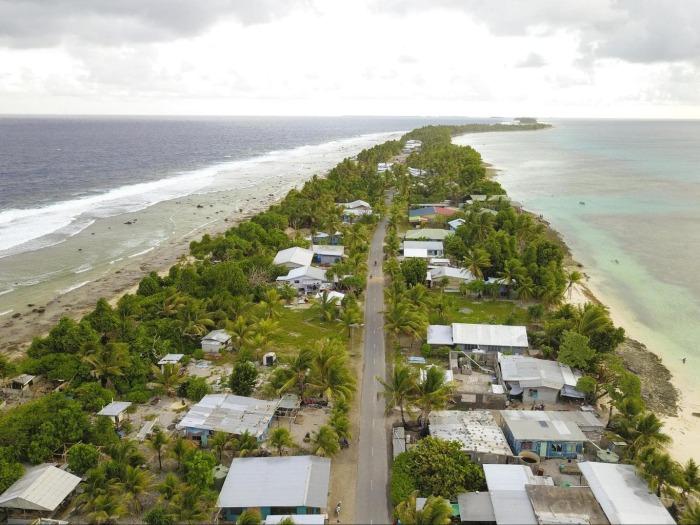 Острова могут быть затоплены водами океана в любой момент / Фото: onceinalifetimejourney.com
