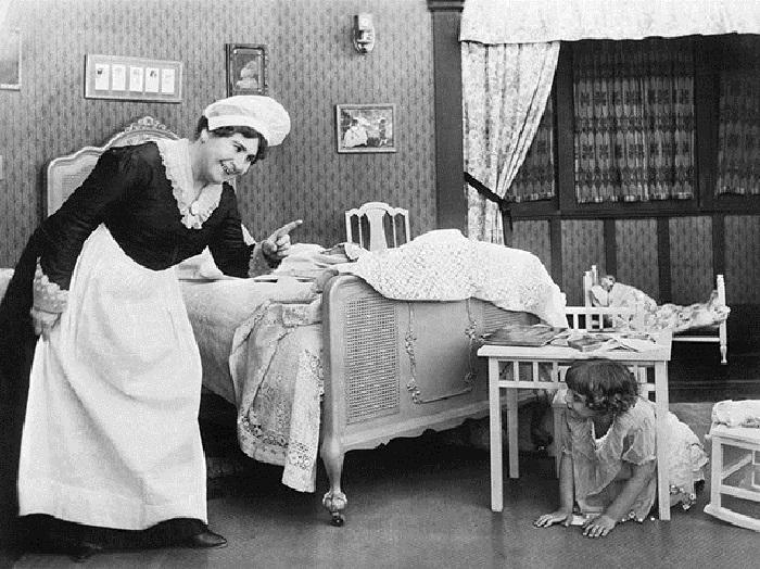 Домработницы занимались домашним хозяйством и нянчили детей / Фото: rd4-omsk.ru