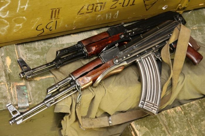 Любители раскритиковать оружие, созданное в Советском Союзе, часто утверждают, что Калашников – это копия оружия немецкого производства / Фото: osob.store