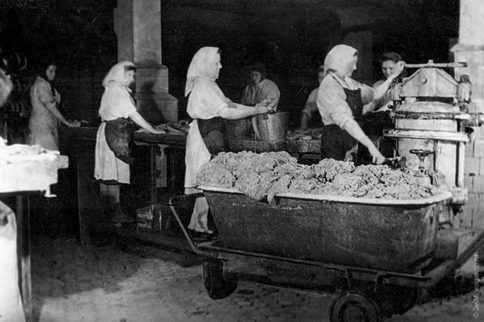 В 50-х годах рецептура колбасных изделий изменилась / Фото: von-hoffmann.livejournal.com 10 twitter.com
