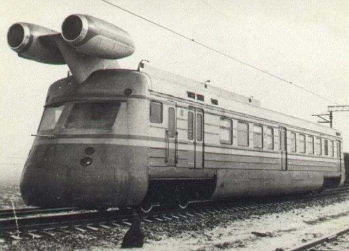 Перед русскими экспертами стояла цель спроектировать поезд с быстрым мотором / Фото: soloha.cx.ua