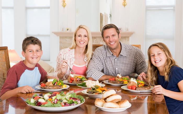 Кухня - важное место в доме, где собирается вся семья / Фото: smitterpestcontrolmanagement.com