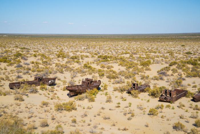 На месте высохшего Аральского моря образовалась пустыня / Фото: m.nn.ru