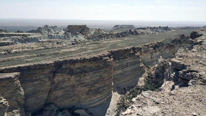Существует предположение, что скоро пустыня снова наполнится водой / Фото: fotovmire.ru