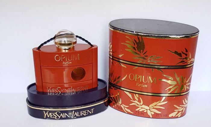Opium Yves Saint Laurent / Фото: meshok.net