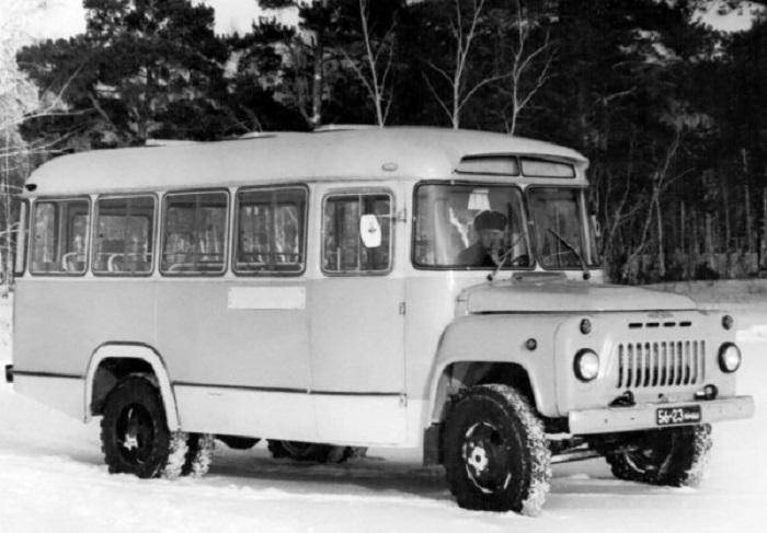 Результатом удачного симбиоза грузового автомобиля и автобуса стал КАвЗ-685 / Фото: sipililo.livejournal.com