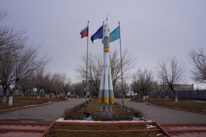 После того, как Союз Советских Социалистических Республик прекратил свое существование, Байконур попал в сложную ситуацию / Фото: joyreactor.cc