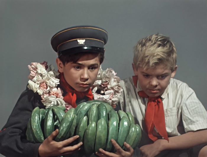 Даже в фильме «Старик Хоттабыч» бананы зеленого цвета / Фото: www.teleguide.info