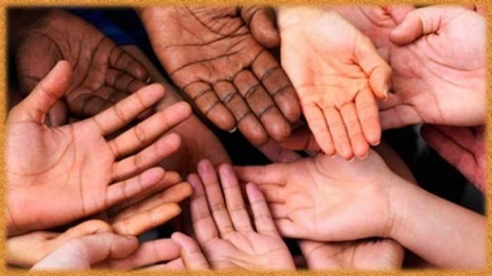 У представителей разных рас ладошки и стопы всегда остаются светлыми / Фото: infinix.com.ua