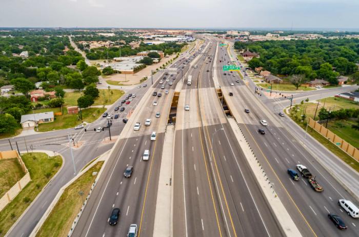 Стоимость обслуживания бетонной дороги вдвое ниже, чем асфальтовой / Фото: cn.globalconstructionreview.com