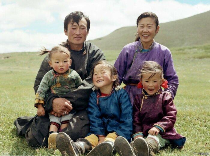 Многие жители Монголии хорошо знают русский язык / Фото: fishki.net