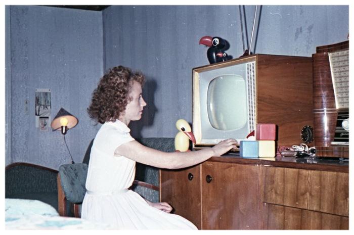 Переключать телевизор приходилось вручную / Фото: lixmuseum.by