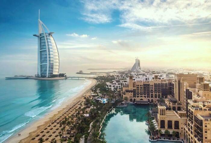 ОАЭ является одной из наиболее богатых в мире стран, ее граждане финансово не ущемлены ни в чем / Фото: xo.ua