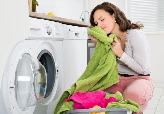 Выстиранное белье будет чистым и ароматным / Фото: jlady.ru
