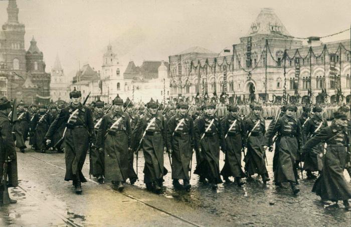 Оказывается, буденовка появилась далеко не сразу в Гражданскую войну, только во второй ее половине / Фото: smolbattle.ru
