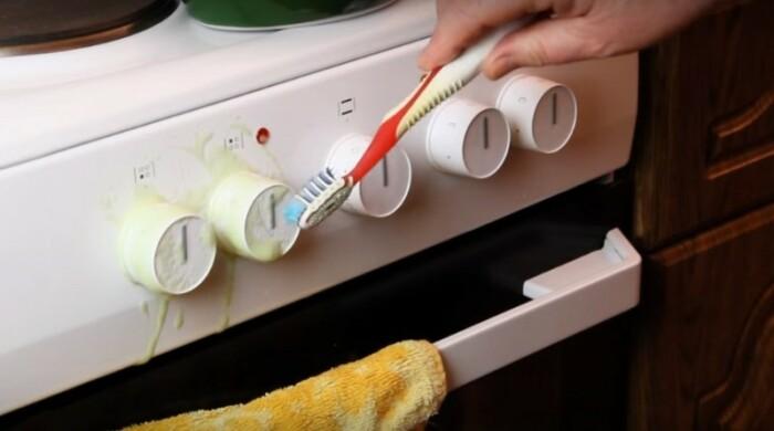 Несъемные регуляторы удобно чистить зубной щеткой / Фото: news.myseldon.com