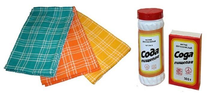 Для чистки подошвы утюга потребуется всего лишь сода и влажное чистое полотенце / Фото: poleznii-site.ru