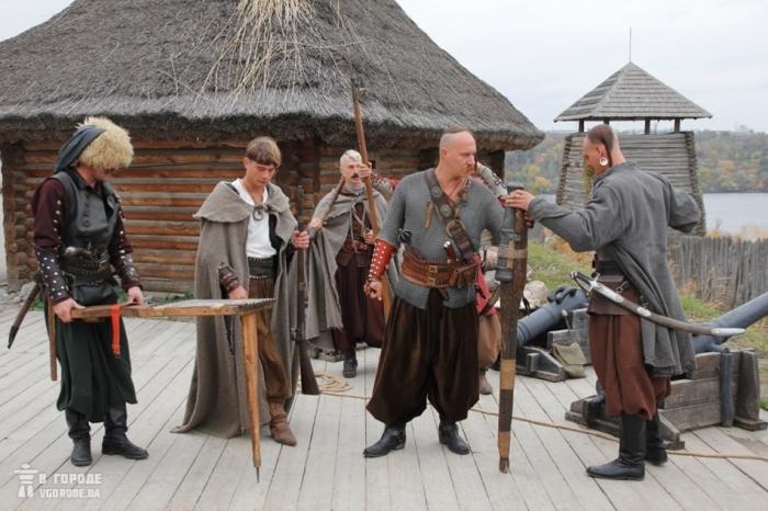 Существуют и мистические версии причин, для чего казакам оселедец / Фото: zp.vgorode.ua