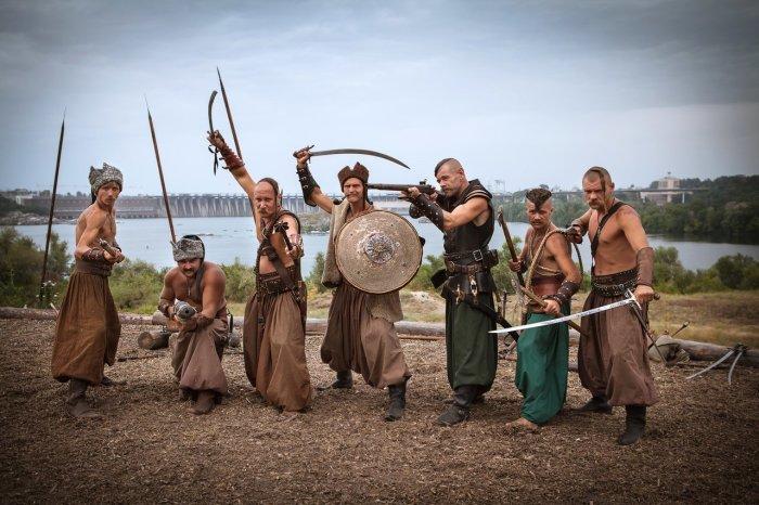 Существует и версия, что казаки брили головы в целях поддержания гигиены / Фото: armyinform.com.ua
