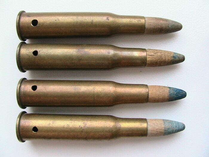 Во время выстрела деревянная пуля разлеталась на множество щепок и могла травмировать рядом стоящего человека / Фото: guns.allzip.org