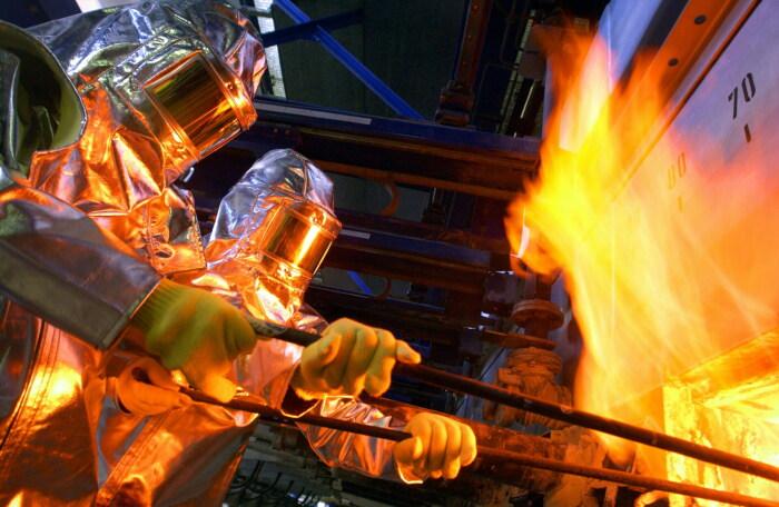 Девитрификация может произойти во время того, как стекло остывает, при преодолении температурного порога 570°C / Фото: origin-www.schott.com