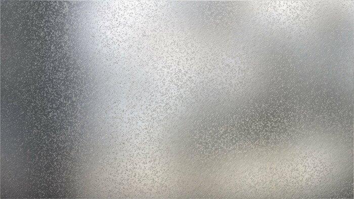 По мнению многих исследователей, причина девитрификации заключается в очень длительном остывании материала на так называемой пороговой температуре / Фото: catherineasquithgallery.com