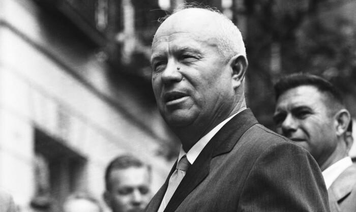 Многие считали, что нелюбовь Никиты Хрущева к Сталину затронула и Юрия Левитана / Фото: mosmonitor.ru
