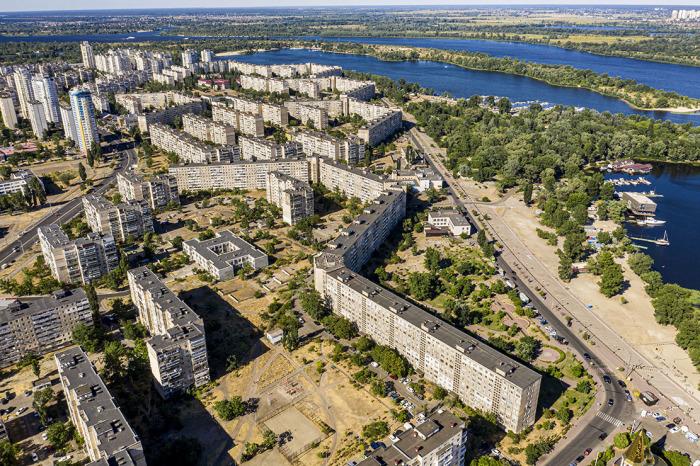 В Киеве тоже есть длинные дома / Фото: bigkiev.com.ua